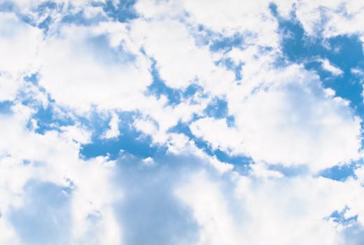 雲間から差す光